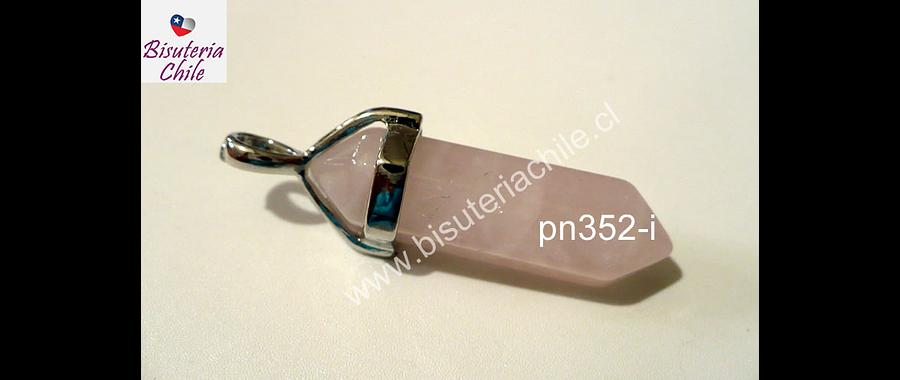 Dije de piedra cuarzo rosado en base plateado, 37 mm de largo con el colrgante y 10 mm de ancho