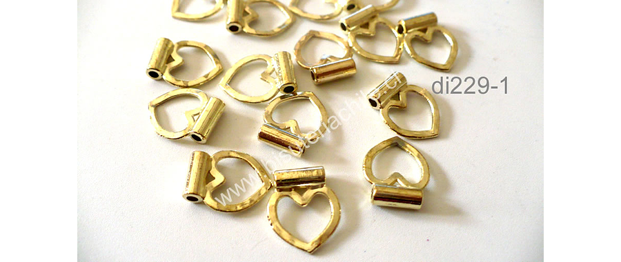 Dije dorado en forma de corazón, 14 mm de largo por 11 mm de ancho, set de 8 unidades