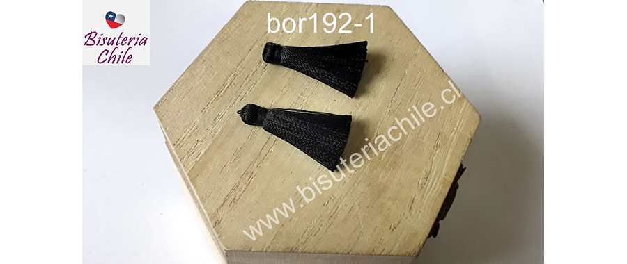 Borla chica de seda color negro, 26 mm de largo , por par