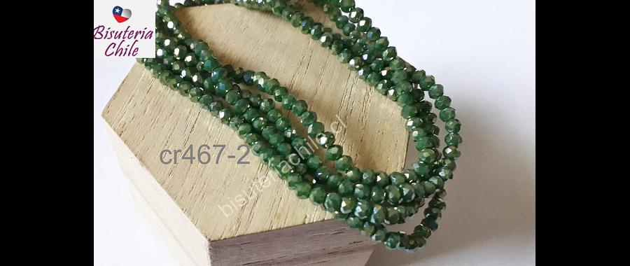Cristal de 4 mm en tono verde con tonalidades brillantes, tira de 145 piedras aprox.