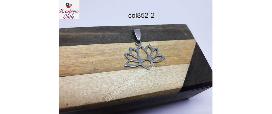 Colgante acero plateado, flor de loto, 23 mm de ancho x 23 mm de alto, por unidad