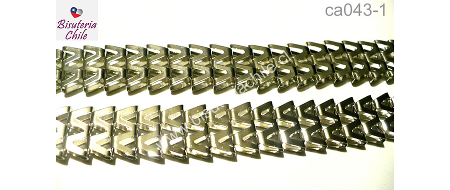 Cadena plateada gruesa, 12 mm de ancho, 4 mm de grosor, por metro