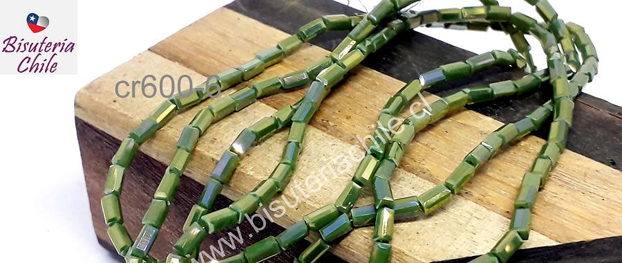Cristal tubo facetado, color verde claro con brillos dorados, tira de 100 cristales aprox