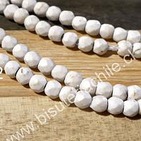 Howlita blanco invierno facetado 3.5 mm, tira de 100 piedras aprox