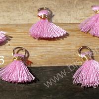 Borla mini rosada, con argolla dorada, de 13 mm de largo, set de 5 unidades