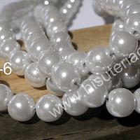 Perla Fantasía 8 mm, en color blanco, tira de 105 perlas aprox