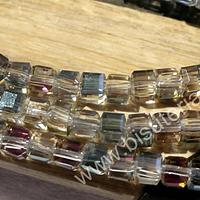 Cristal cuadrado facetado tornasol, de 4 mm, tira de 49 cristales
