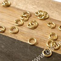 Argolla baño de oro, de 4 mm, 1 gr. (20 argollas aprox)