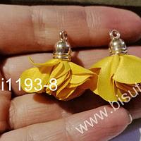 Borla flor amarilo mostaza, base dorado, 24 mm de largo, por par