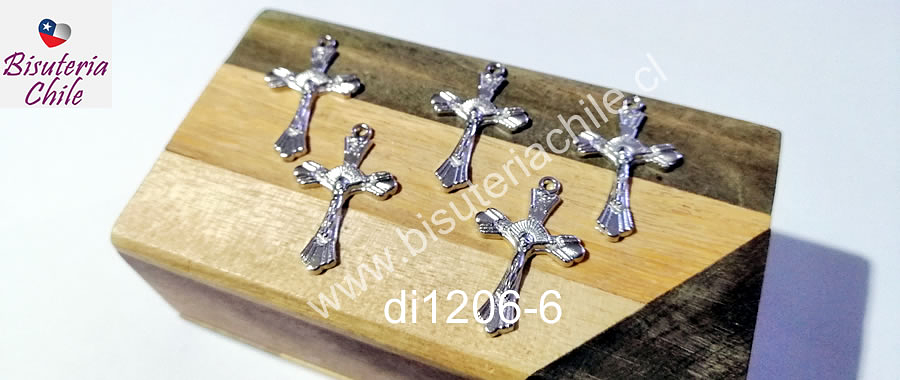 Dije plateado en forma de cruz, 27 x 17 mm, set de 5 unidades