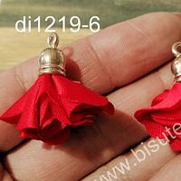 Borla flor roja base dorado, 24 mm de largo, por par