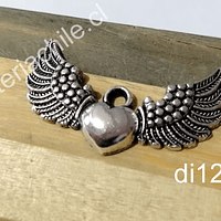 Colgante plateado corazón detente con alas, 43 x 25 mm, por unidad