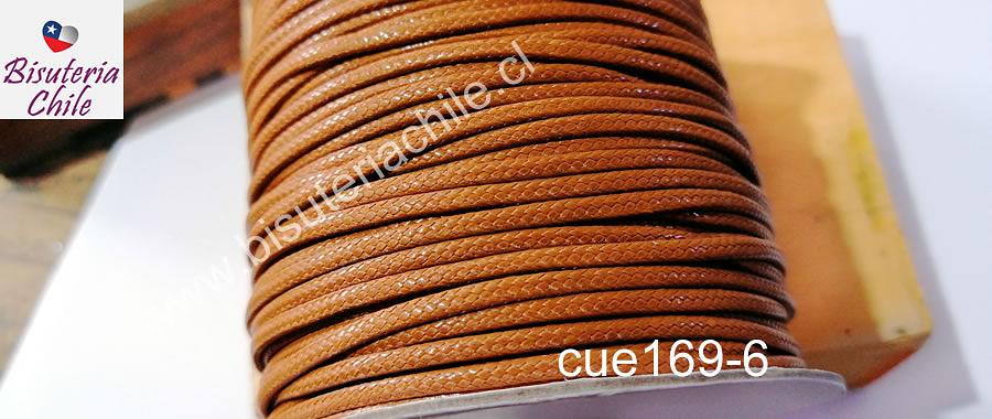 Imitación cuero grueso, de 3 mm, en color café claro, por metro