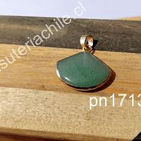 Dije de jade base dorado, 22 x 20 mm, por unidad