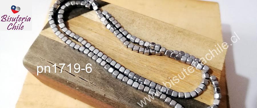 Hematite frosting plateada, 4 x 4 mm, 135 unidades aprox