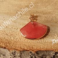 Dije de cuarzo cherry base dorado, 22 x 20 mm, por unidad