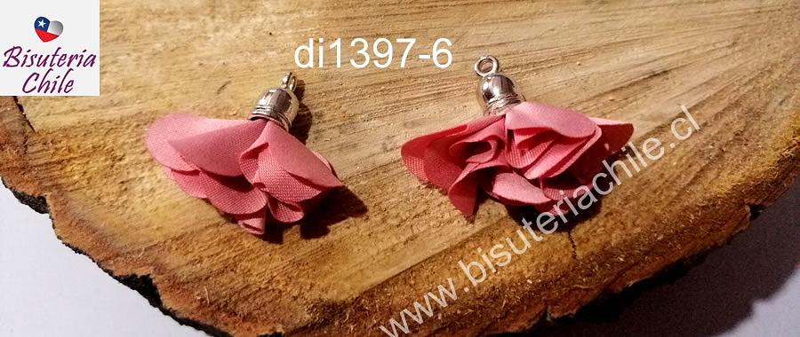Borla flor rosada base plateado, 24 mm de largo, por par