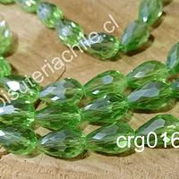 Cristal en forma de gota, color verde claro, 15mm por 12 mm, set de 10 unidades