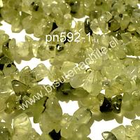 Prehnita chip, tira de 85 cm aprox, tamaños de piedra pequeño
