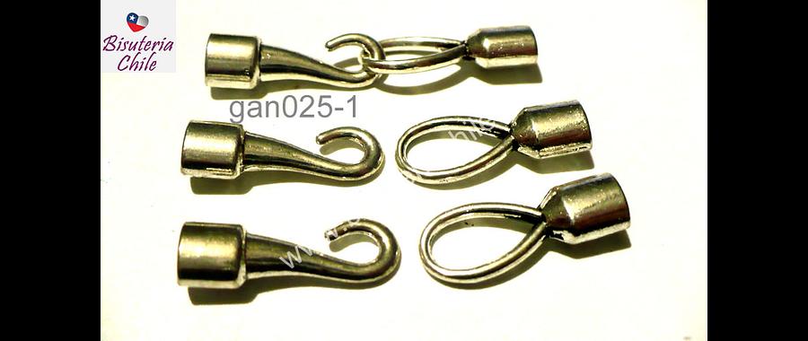 Broche tipo gancho plateado, 22 mm de largo cada parte, agujero de 3 x 5 mm, set de 3 juegos