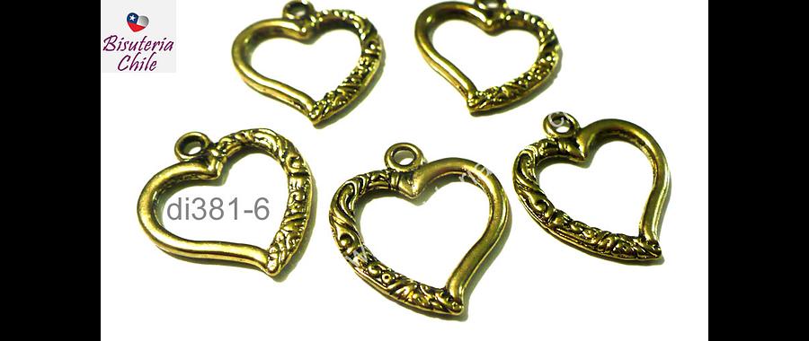 Dije dorado en forma de corazón, 25 mm de largo por 22 mm de ancho, set de 5 unidades