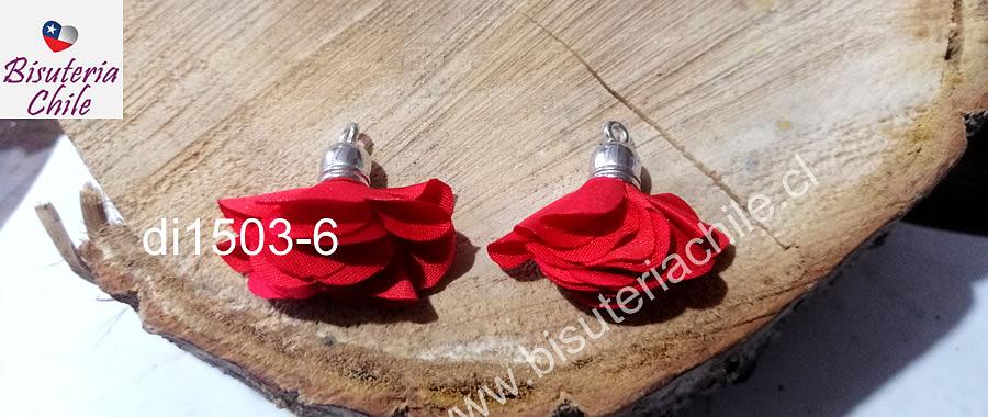 Borla flor rojo, base plateado, 24 mm de largo, por par