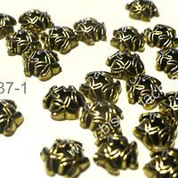 Casquete dorado con diseño, 8 mm de diámetro, set de 28 unidades
