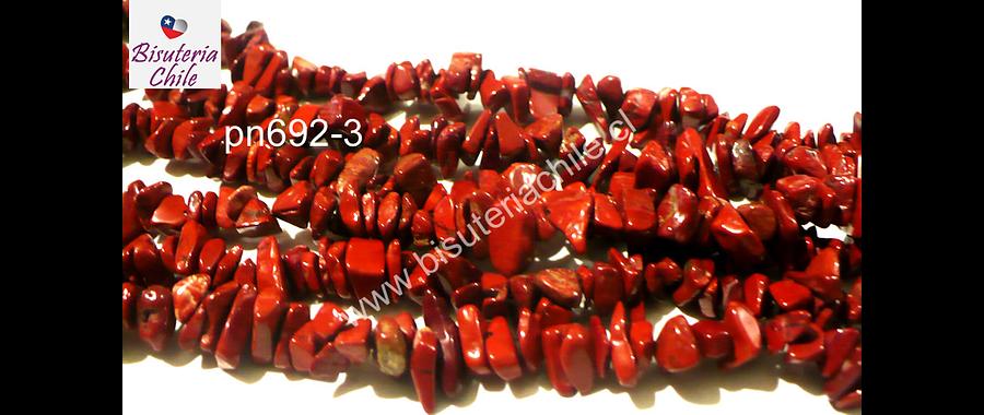 Jaspe rojo chip, tira de 85 cm aprox, tamaños de piedra pequeño