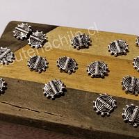 Separador plateado, 9 mm de diametro, agujero de 0.8 mm, set de 18 unidades