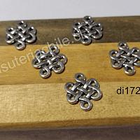 Dije plateado nudo chino, 17 x 14 mm, set de 7 unidades