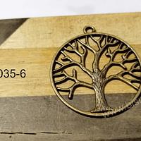 Colgante árbol envejecido. 34 mm, por unidad