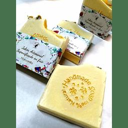 Jabón artesanal de Manzanilla