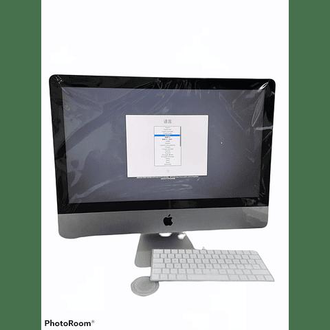 iMac de 21,5 pulgadas: Intel Core i5 de doble núcleo a 2,3 GHz de séptima generación, 256GB