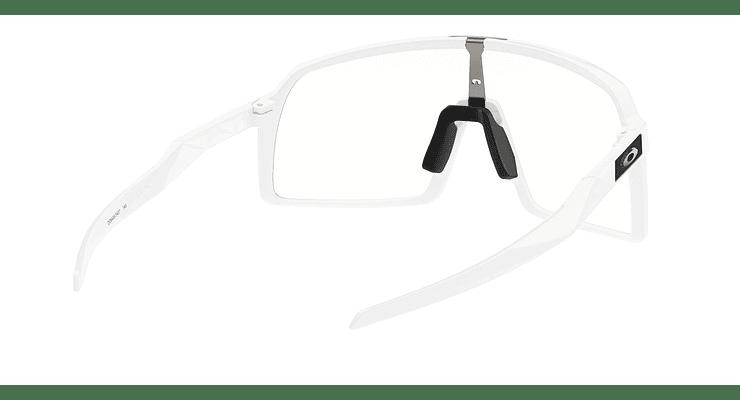 Oakley Sutro - Image 7