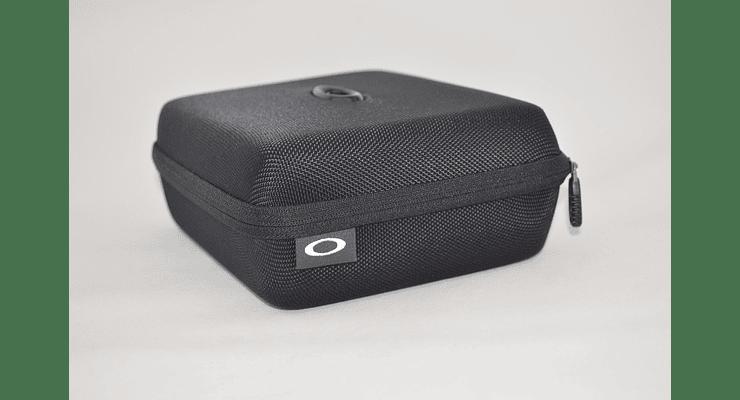 Estuche de almacenamiento Oakley Ellipse O color Black + Kit de limpieza cod. 102-457-001 - Image 3
