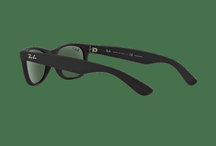 Ray Ban New Wayfarer Rubber Black lente Green Polarized cod. RB2132 622/58 55 - Image 4