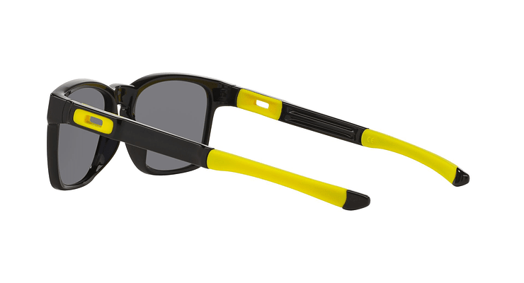 Oakley Catalyst - Image 4