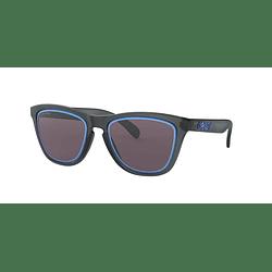 Oakley Frogskins Matte crystal black lente Grey/sapphire PRIZM cod. OO9013-E355