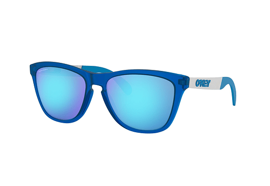Oakley Frogskins Mix Matte Translucent Sapphire lente Sapphire PRIZM cod. OO9428-0355