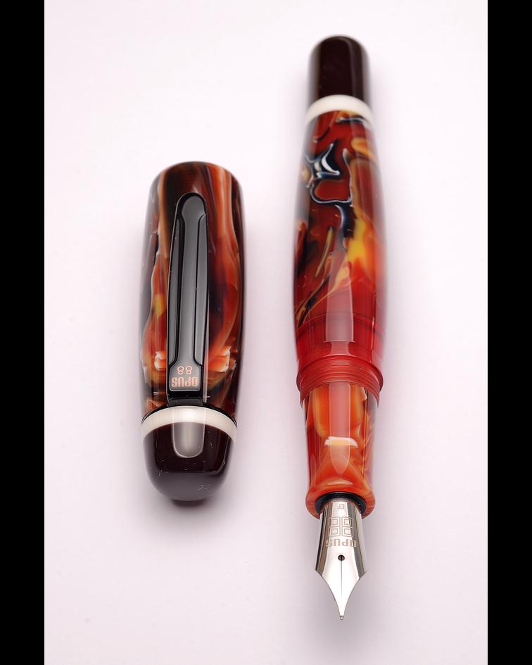 Pluma Opus 88 Bela Roja - Gran Tamaño - Plumin Aleman
