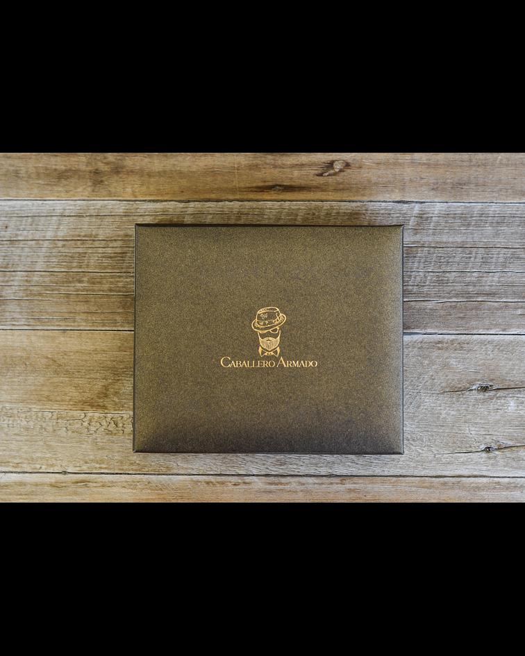 Billetera de Cuero Café Oscuro de Máxima Calidad - Diseño Vertical