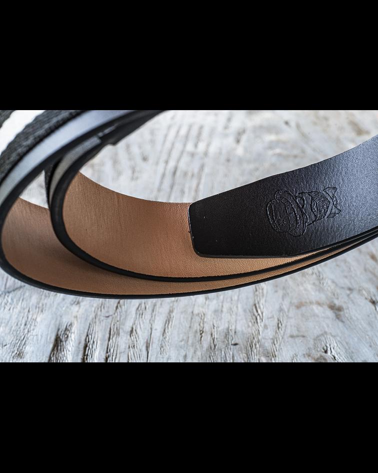 Cinturón Caballero Armado / Cuero genuino negro y tela Blanca / Negra