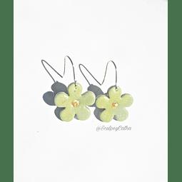 Flores verdes colgantes