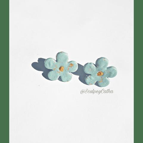 Aros Flor turquesa claro