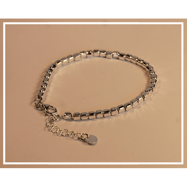 Pulsera de plata mostacilla cuadrada