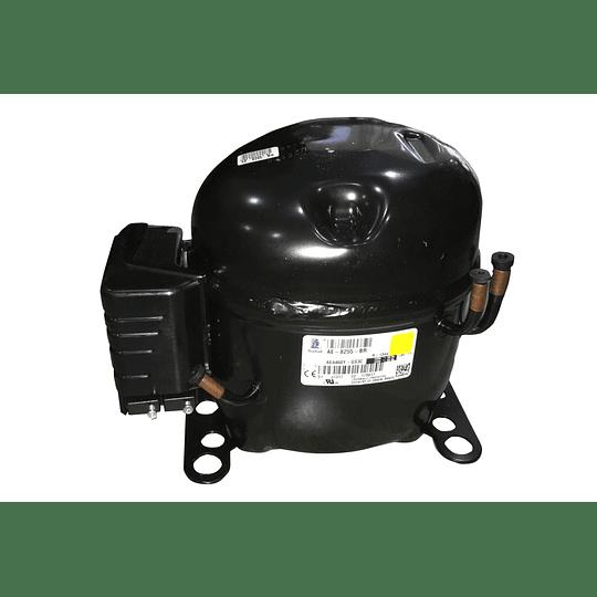 Compresor / Unidad  1/2 Cuerpo Grande Nevera AE4460Y CR440947