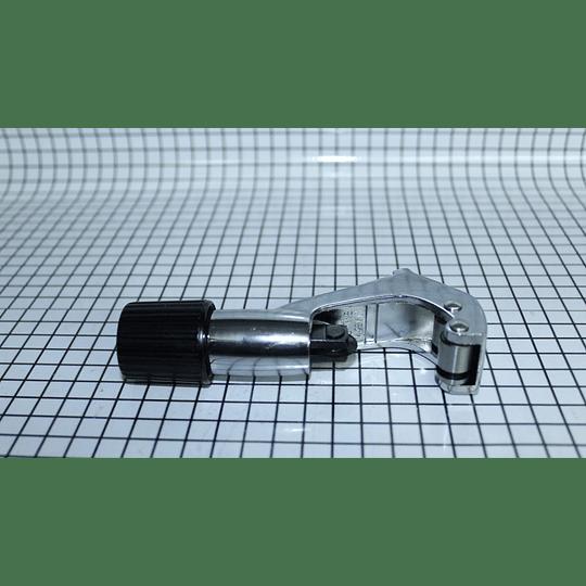 Corta Tubo Grande 1/8 Nevera CT-274 CR440533