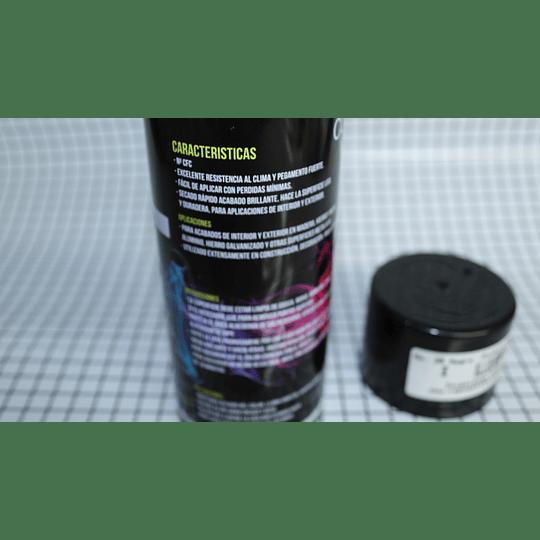 Pintura En Aerosol  Color Negro No.39 Ultra Color CR440751