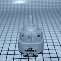 Presostato Interruptor Nivel De Agua Sensor De Presión Lavadora Electrolux 137055800 CR441066
