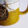 Taza escarchada dorada